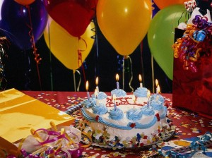 happy-birthday-cake-and-balloon